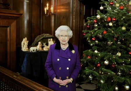 queen elizabeth ii young woman. Queen Elizabeth II makes her
