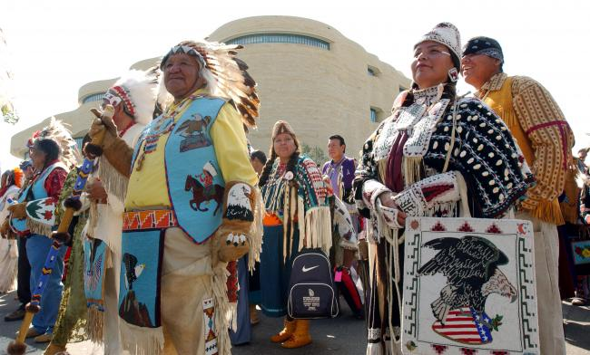 the practice of medicine healing and tribal medical rituals by native americans The spiritual healing undertaken by the shaman or medicine man is based on the shamanic healing practices and beliefs of native american indians and combines elements of spirituality, ceremonies, rituals and trance states and herbal medicinal plants to heal people native american spiritual healing is part of a belief.