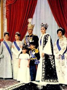 Farah Mohammad_Pahlavi_Coronation