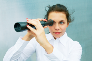 Woman-with-Telescope2-520x346