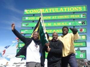 Mwasapi and Tanzanian climbers_0