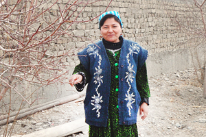 Anjira-Ashurova_Tajikistan_300x2001