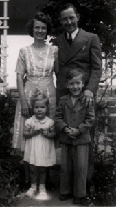 larry james family