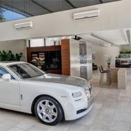 Rolls-Royce-showroom-Brazil-185