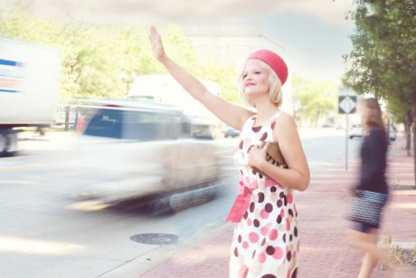 pretty-woman-traffic-young-vintage